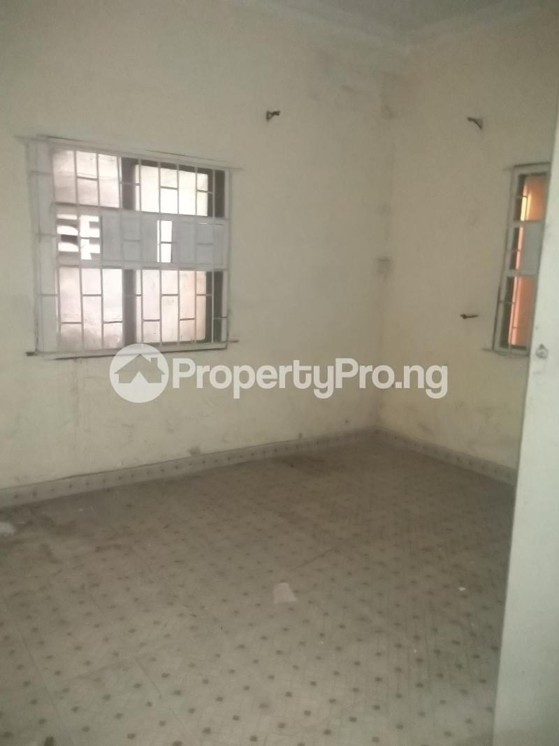 3 bedroom Flat / Apartment for rent Modupe  Fola Agoro Yaba Lagos - 2