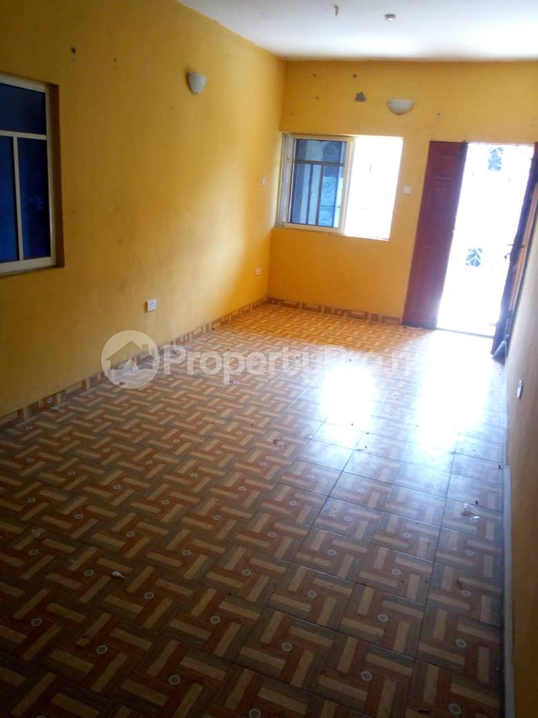 3 bedroom Flat / Apartment for rent Olowo Ina bus stop ikotun/igando Rd Ikotun Ikotun/Igando Lagos - 4
