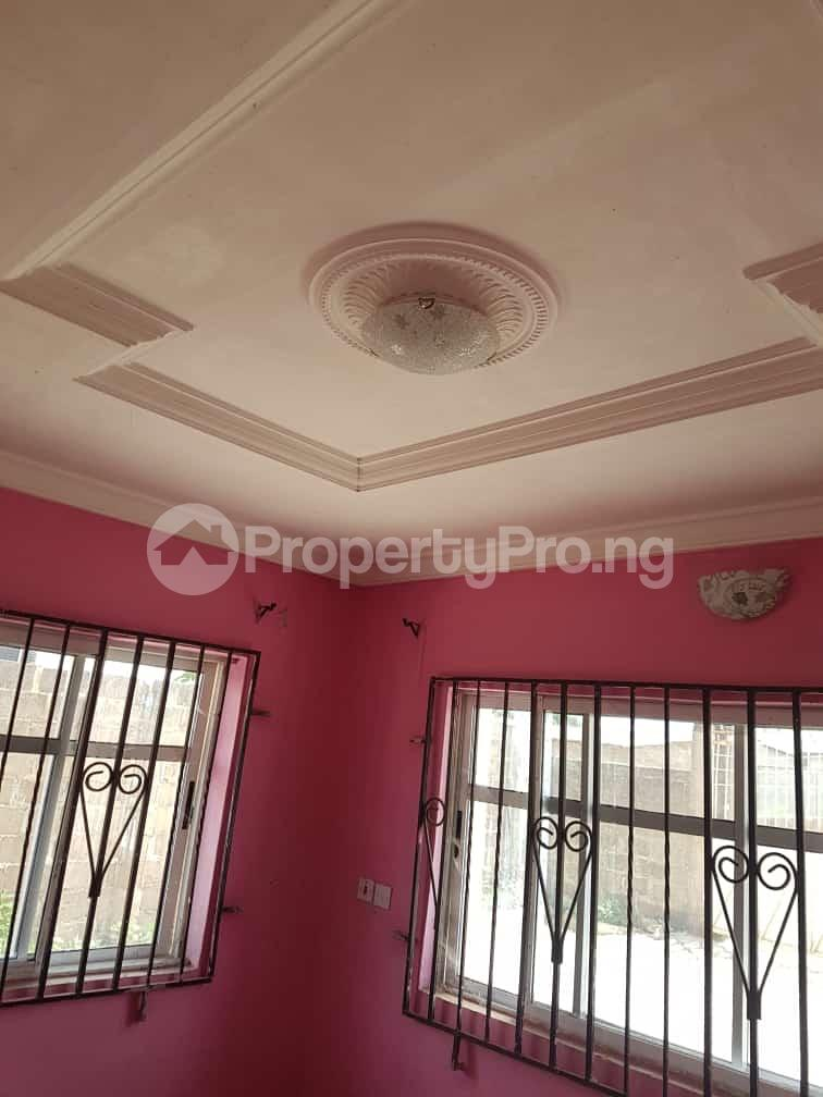 3 bedroom Flat / Apartment for rent Odo-ona kekere after top one gardens old lagos road ibadan Challenge Ibadan Oyo - 4