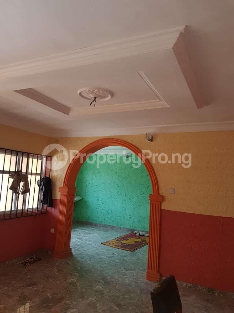 3 bedroom Flat / Apartment for rent Odo-ona kekere after top one gardens old lagos road ibadan Challenge Ibadan Oyo - 1