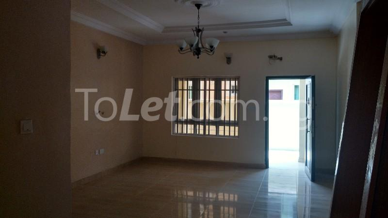 3 bedroom Flat / Apartment for rent Osapa Osapa london Lekki Lagos - 3