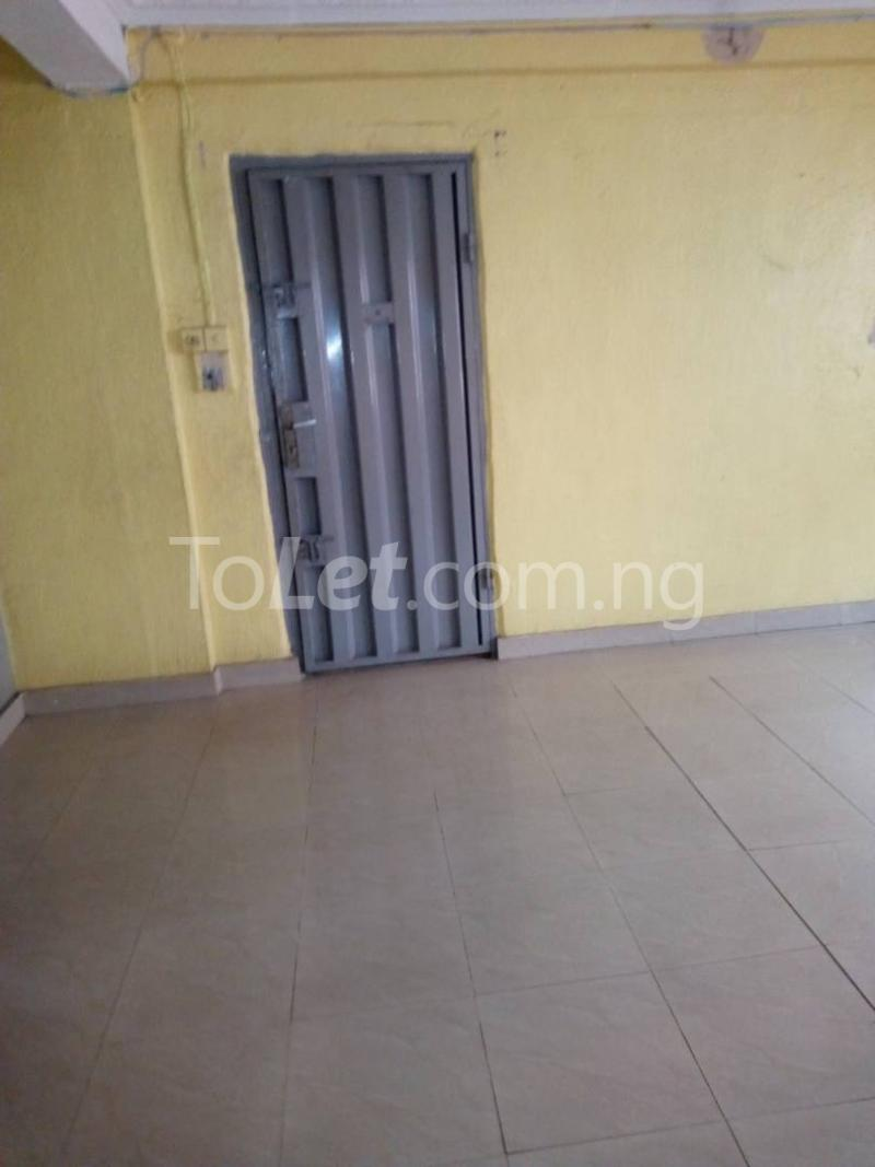 3 bedroom Flat / Apartment for rent off nathan street Yaba Lagos - 2