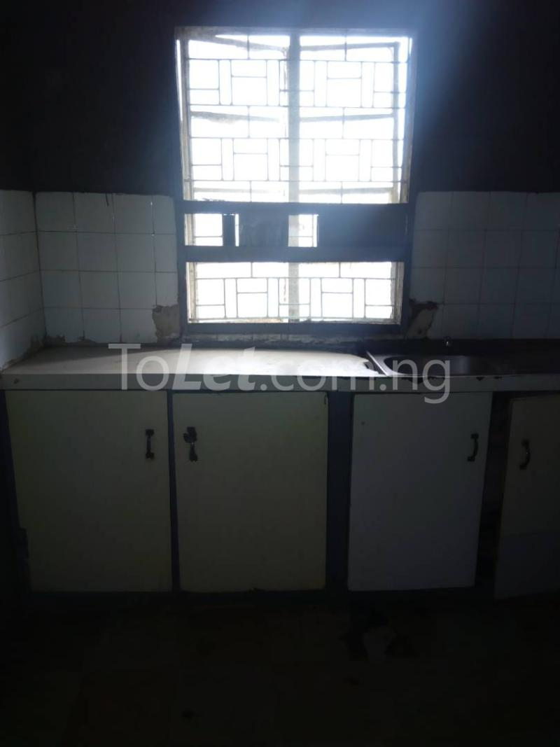 3 bedroom Flat / Apartment for rent off nathan street Yaba Lagos - 8