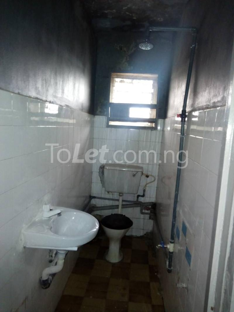 3 bedroom Flat / Apartment for rent nathan street Yaba Lagos - 1