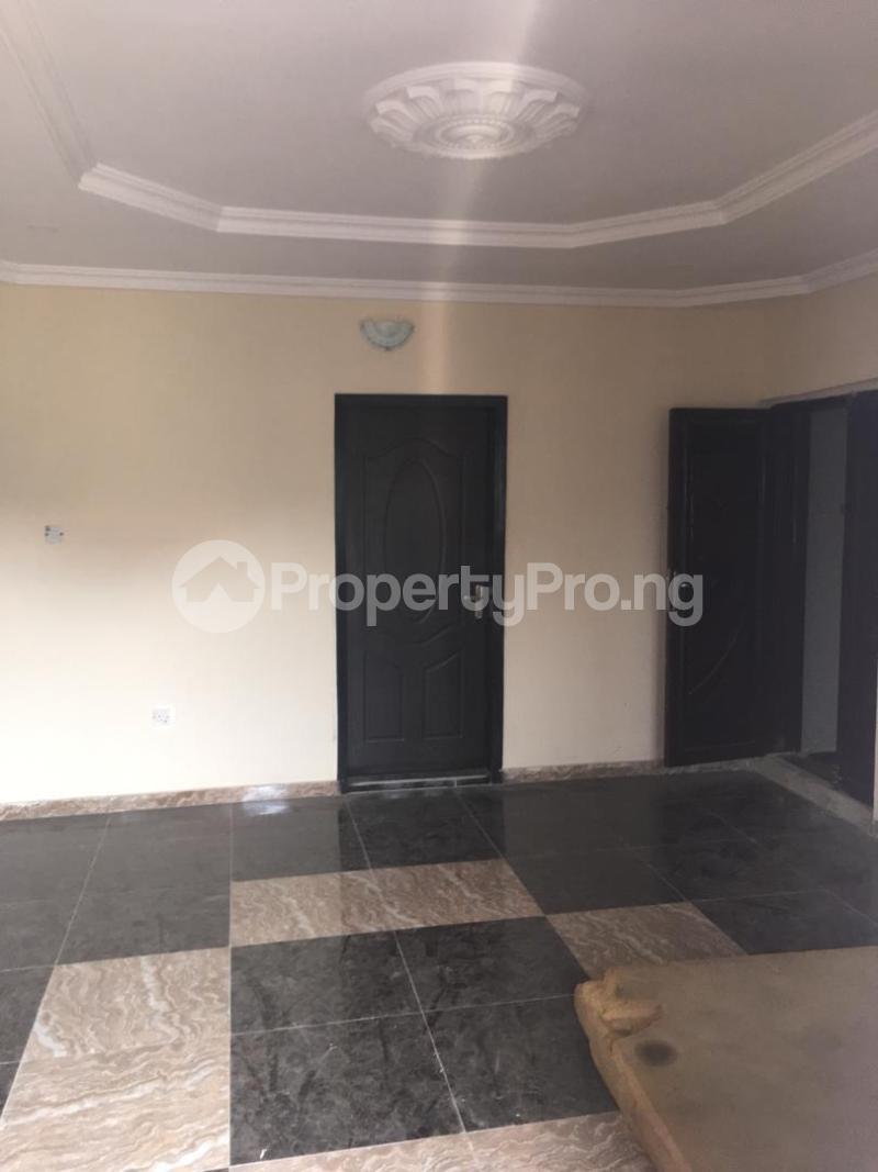 3 bedroom Flat / Apartment for rent Folawiyo bankole street off Masha Surulere Lagos - 2