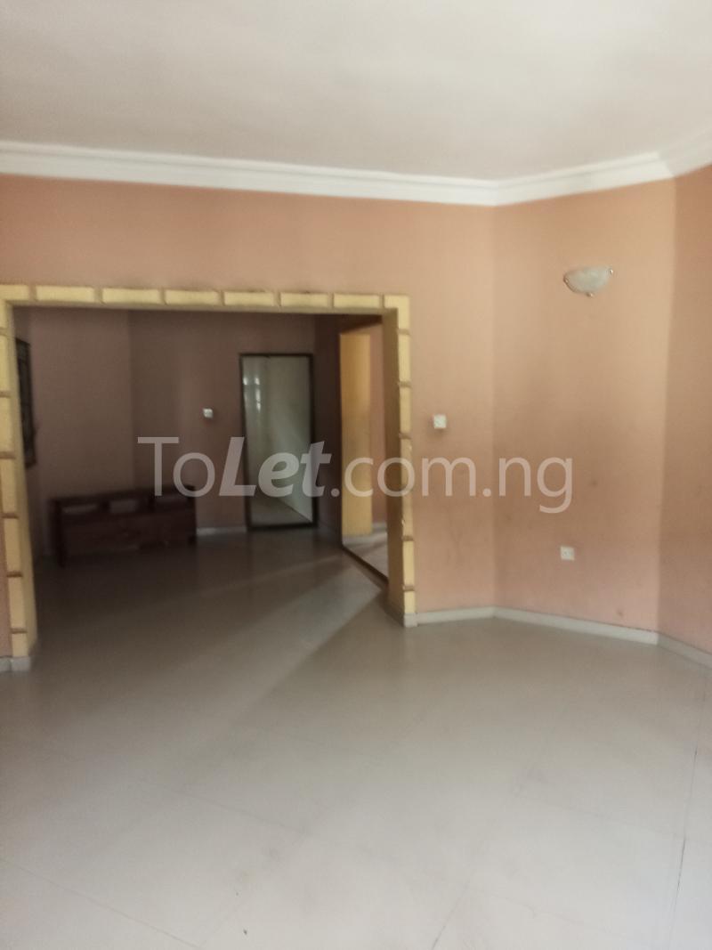 3 bedroom Flat / Apartment for rent Emmanuel high   Ogudu GRA Ogudu Lagos - 1