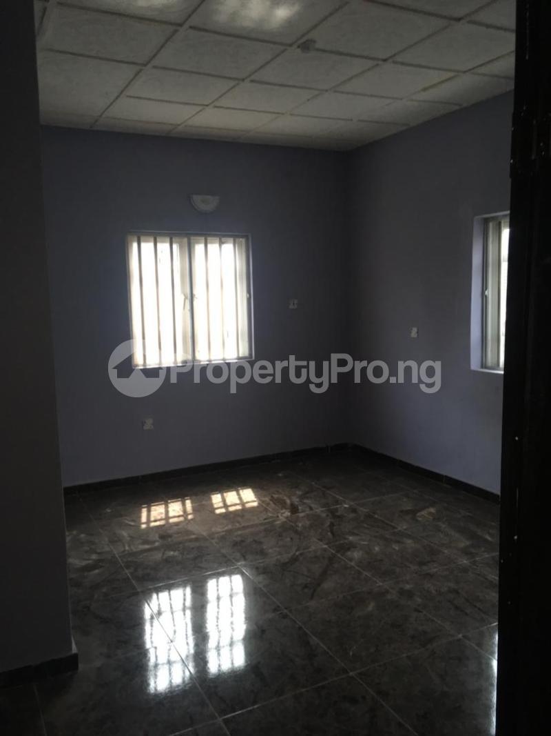 3 bedroom Flat / Apartment for rent Folawiyo bankole street off Masha Surulere Lagos - 3