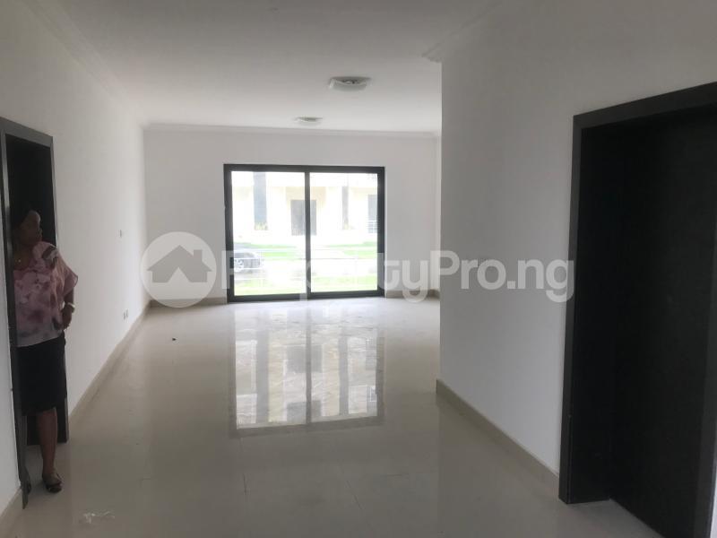4 bedroom Self Contain Flat / Apartment for rent Lakowe Gulf Resort eatate, Sixk Tiger close Ibeju-Lekki Lagos - 3