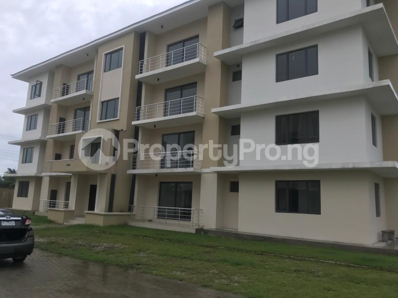 4 bedroom Self Contain Flat / Apartment for rent Lakowe Gulf Resort eatate, Sixk Tiger close Ibeju-Lekki Lagos - 12