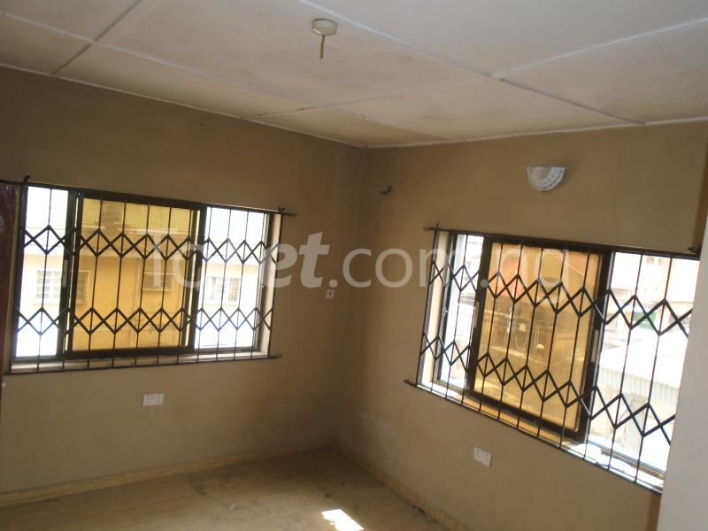 3 bedroom Flat / Apartment for rent Off  Obafemi Awolowo Way Ikeja Lagos - 3
