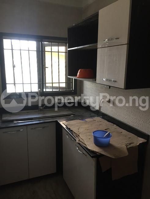 3 bedroom Flat / Apartment for rent estate Adeniyi Jones Ikeja Lagos - 13
