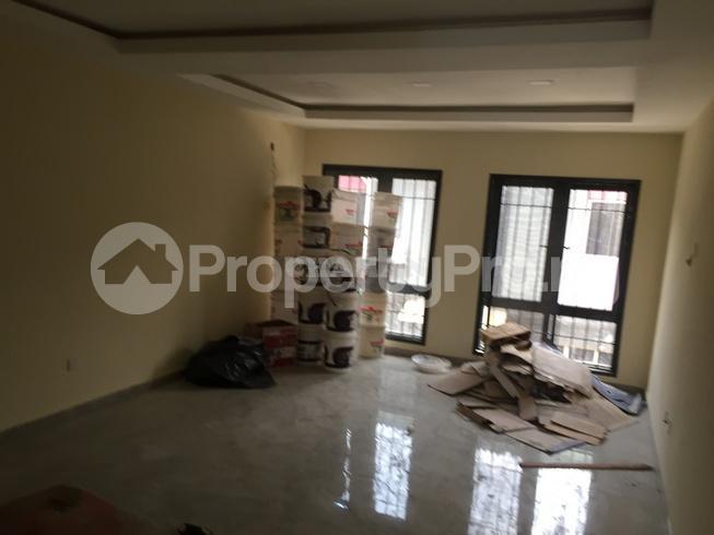 3 bedroom Flat / Apartment for rent estate Adeniyi Jones Ikeja Lagos - 10