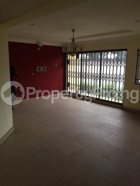 3 bedroom Flat / Apartment for rent estate Adeniyi Jones Ikeja Lagos - 22