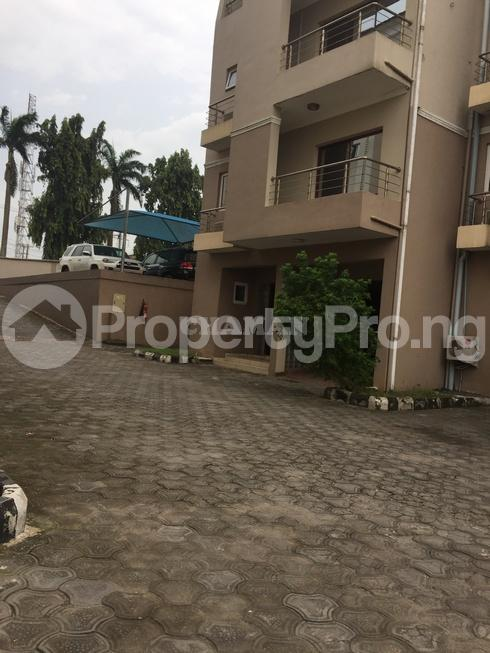 3 bedroom Flat / Apartment for rent estate Adeniyi Jones Ikeja Lagos - 28
