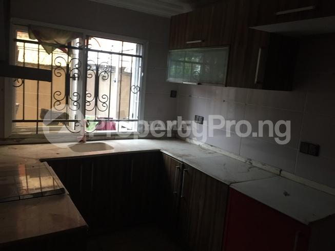 3 bedroom Flat / Apartment for rent estate Adeniyi Jones Ikeja Lagos - 4