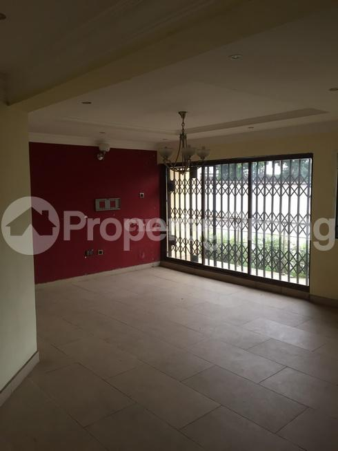 3 bedroom Flat / Apartment for rent estate Adeniyi Jones Ikeja Lagos - 21