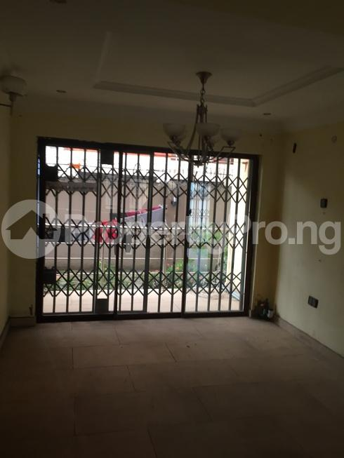 3 bedroom Flat / Apartment for rent estate Adeniyi Jones Ikeja Lagos - 8