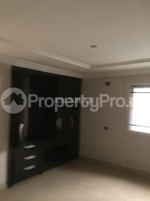 3 bedroom Flat / Apartment for rent estate Adeniyi Jones Ikeja Lagos - 17