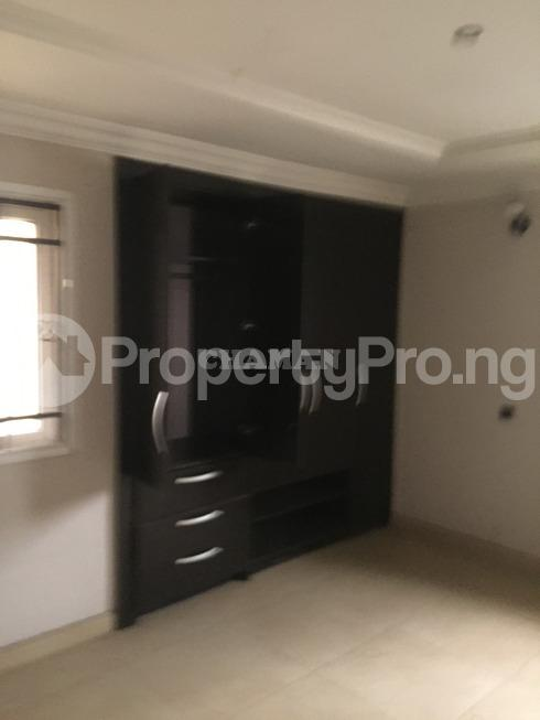 3 bedroom Flat / Apartment for rent estate Adeniyi Jones Ikeja Lagos - 18