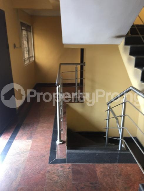 3 bedroom Flat / Apartment for rent estate Adeniyi Jones Ikeja Lagos - 26