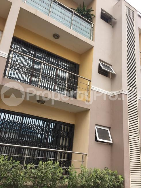 3 bedroom Flat / Apartment for rent estate Adeniyi Jones Ikeja Lagos - 30