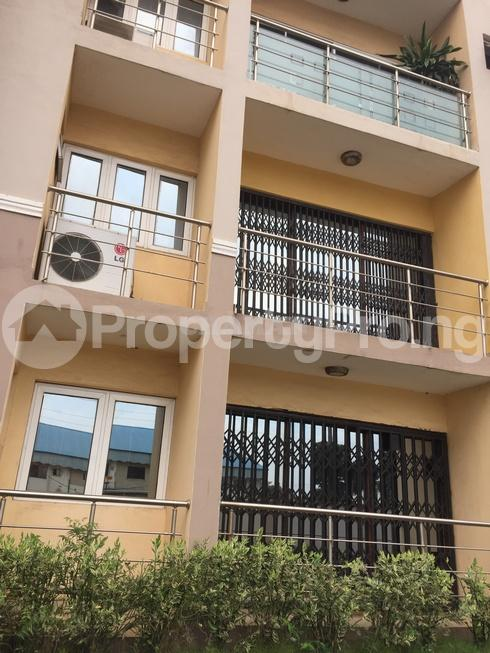 3 bedroom Flat / Apartment for rent estate Adeniyi Jones Ikeja Lagos - 29
