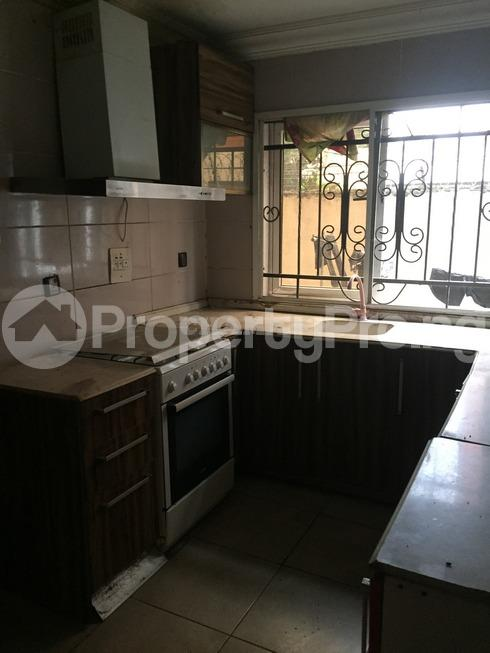3 bedroom Flat / Apartment for rent estate Adeniyi Jones Ikeja Lagos - 3