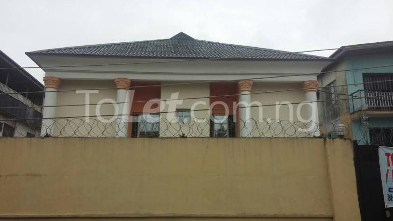 3 bedroom Flat / Apartment for rent off Bodethomas surulere Bode Thomas Surulere Lagos - 0