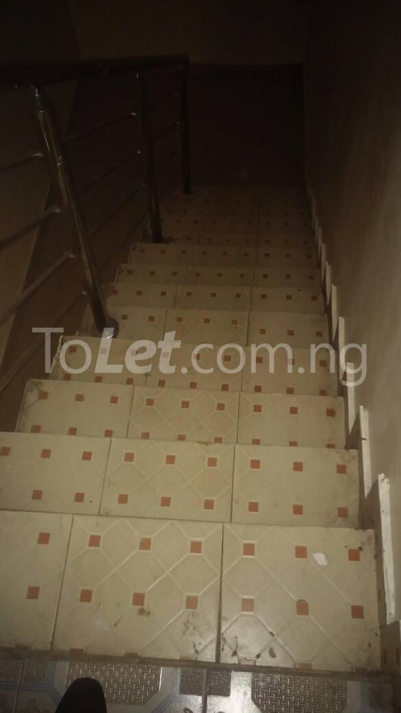 3 bedroom Flat / Apartment for rent off Bodethomas surulere Bode Thomas Surulere Lagos - 7