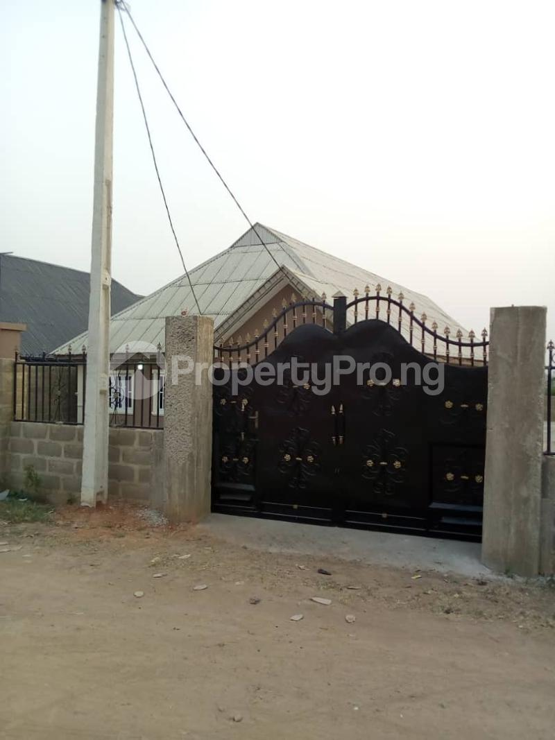 3 bedroom Flat / Apartment for rent Owo Eba Ilesha West Osun - 4