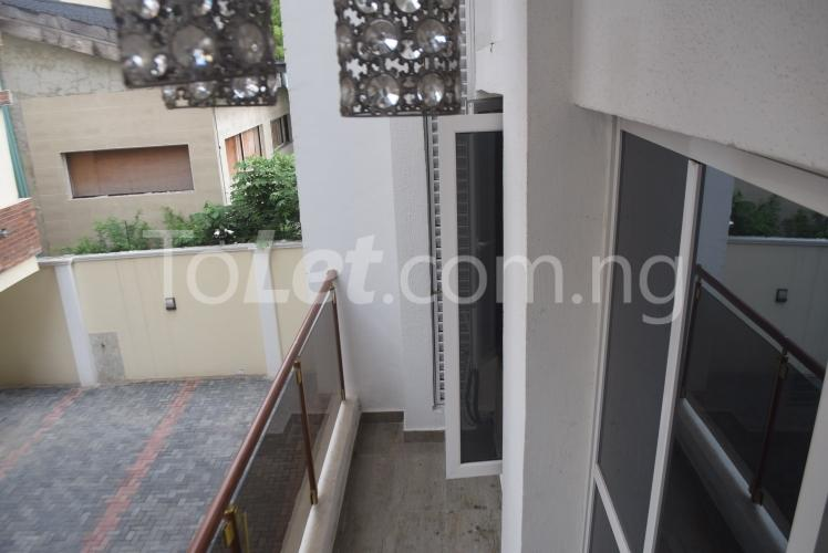 3 bedroom Flat / Apartment for sale queens drive Ikoyi Lagos - 3