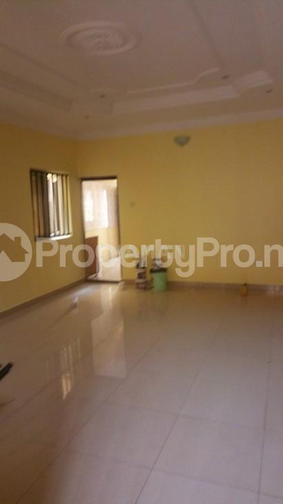 3 bedroom Flat / Apartment for rent magodo phasse 2 Kosofe/Ikosi Lagos - 4