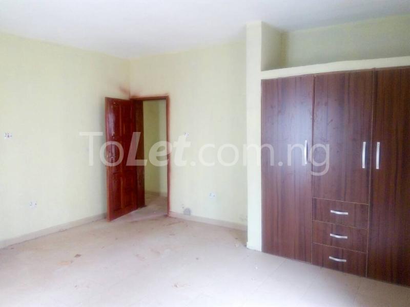 3 bedroom Flat / Apartment for rent Bajulaye  Fola Agoro Yaba Lagos - 1