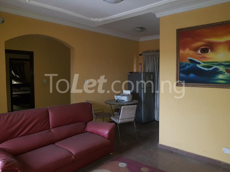 3 bedroom Flat / Apartment for rent osholake Ebute Metta Yaba Lagos - 10