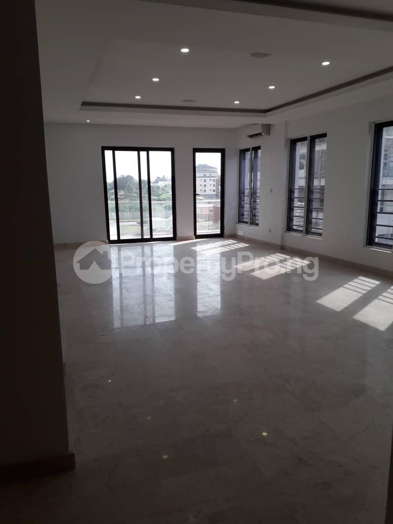 3 bedroom Flat / Apartment for rent Onikoyi, Ikoyi. Ikoyi Lagos - 11