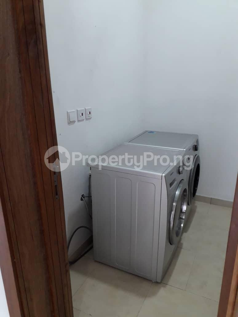 3 bedroom Flat / Apartment for rent Onikoyi, Ikoyi. Ikoyi Lagos - 10