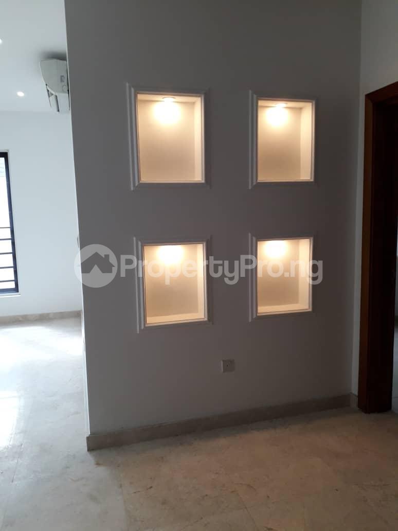 3 bedroom Flat / Apartment for rent Onikoyi, Ikoyi. Ikoyi Lagos - 12