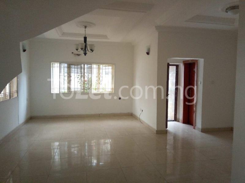 3 bedroom Terraced Duplex House for rent Off Amiralty  Lekki Phase 1 Lekki Lagos - 3