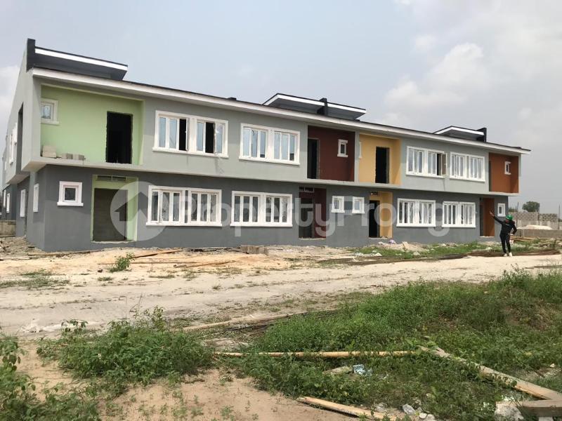 3 bedroom House for sale Oribanwa,Lekki Peninsula,Lagos.(Before Awoyaya) Lekki Lagos - 4
