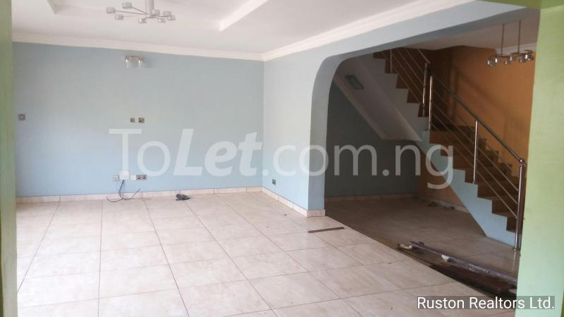 3 bedroom House for sale GRA Alalubosa Ibadan Oyo - 4