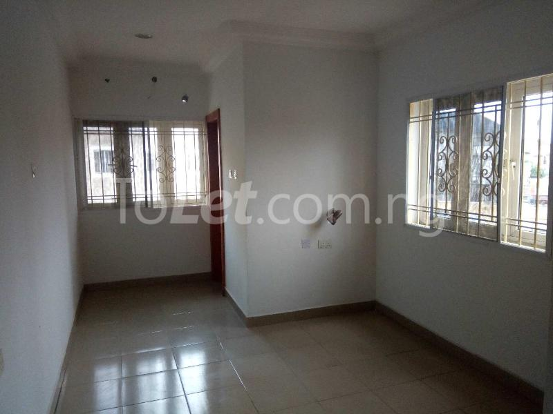 3 bedroom Terraced Duplex House for rent Off Amiralty  Lekki Phase 1 Lekki Lagos - 5
