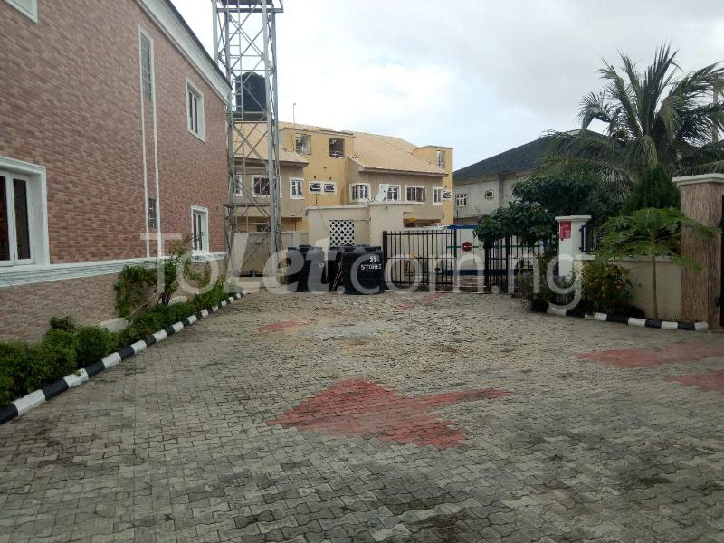 3 bedroom Terraced Duplex House for rent Off Amiralty  Lekki Phase 1 Lekki Lagos - 1