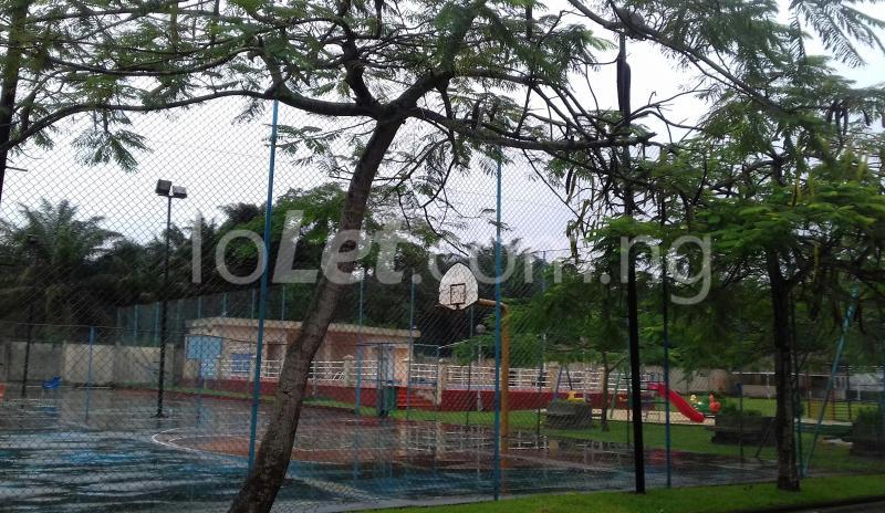 House for rent Fara Park Sangotedo Lagos - 11