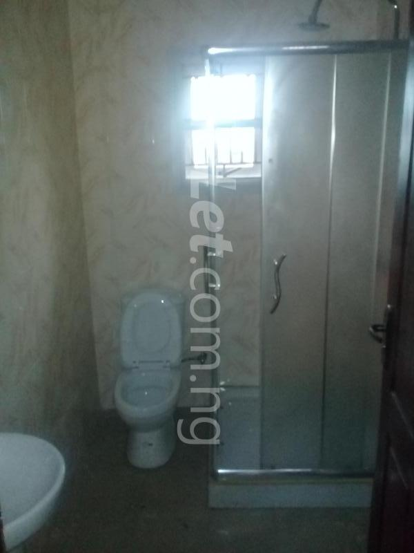 3 bedroom Flat / Apartment for rent GEMADE ESTATE Alimosho Lagos - 3