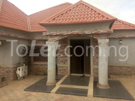 3 bedroom House for sale yakowa road Chikun Kaduna - 0