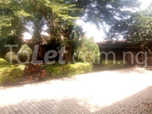 3 bedroom House for sale zamani close Kaduna North Kaduna - 4