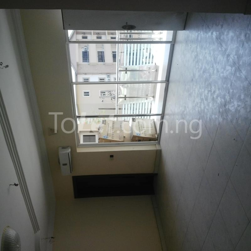 3 bedroom Flat / Apartment for rent way Shonibare Estate Maryland Lagos - 8
