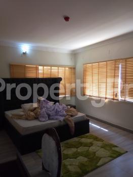 4 bedroom Penthouse Flat / Apartment for sale Safe Court Apartment Ikate Lekki Lagos - 3