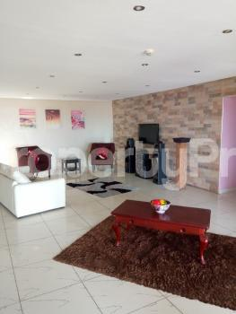 4 bedroom Penthouse Flat / Apartment for sale Safe Court Apartment Ikate Lekki Lagos - 7