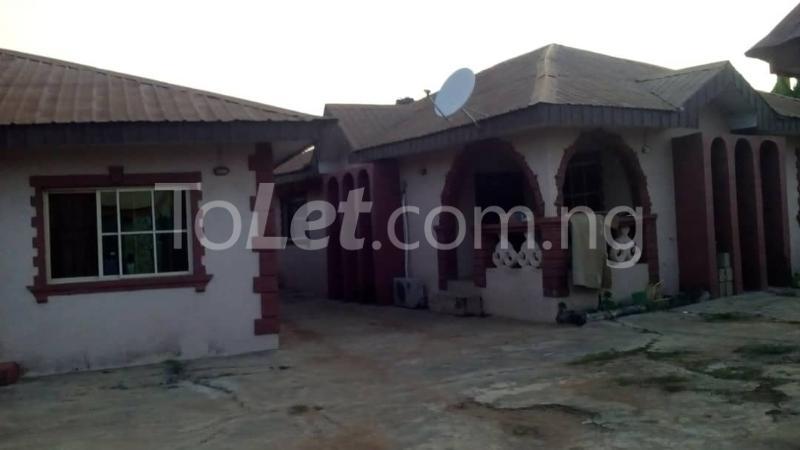 9 bedroom House for sale Adjascent Nurdork gas filling stations Bcj Apata Ibadan Apata Ibadan Oyo - 2